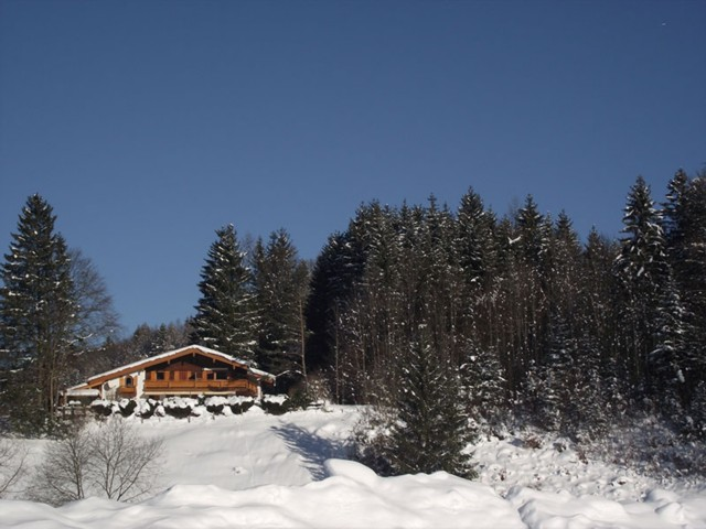 Ferienwohnung im Schnee  Ferienwohnung Inzell-Gräbeldinger